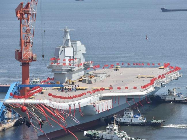 中国首艘国产航母出事 习近平取消登舰