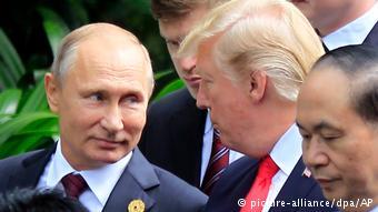 Vietnam   APEC-Gipfel   Trump und Putin (picture-alliance/dpa/AP)