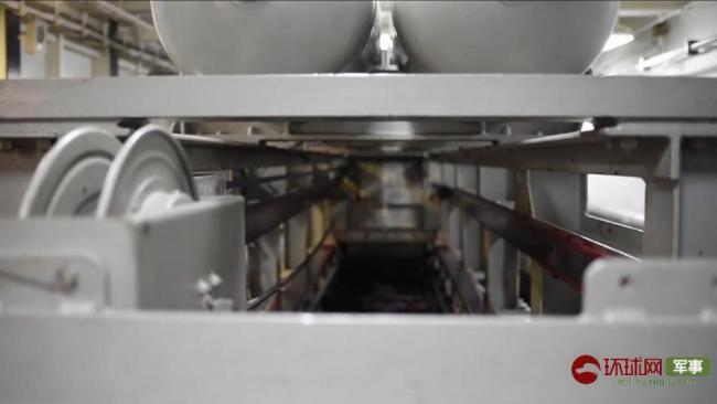 美海军公布航母电磁弹射与拦阻装置工作画面
