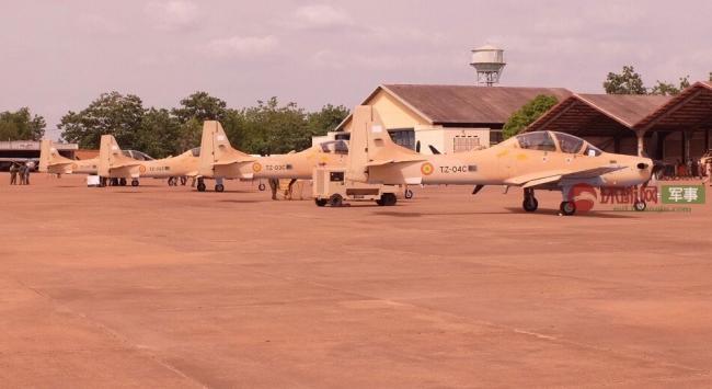 剑走偏锋:巴西出口马里空军4架螺旋桨攻击机