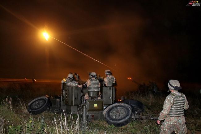 罗马尼亚陆军高射炮兵实弹射击