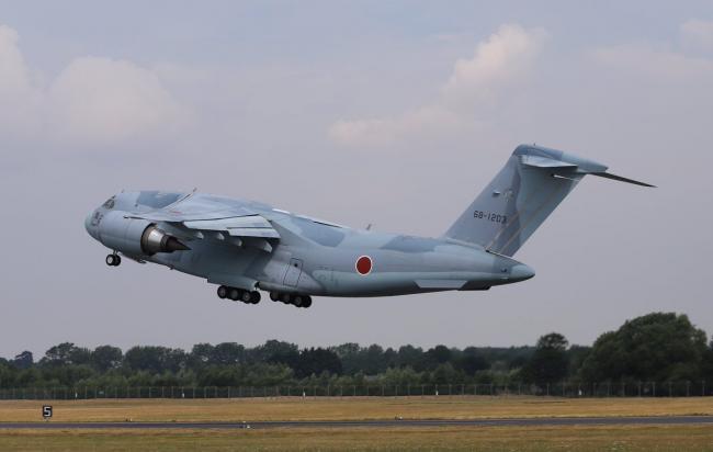 C2运输机完成英国首秀返回日本国内