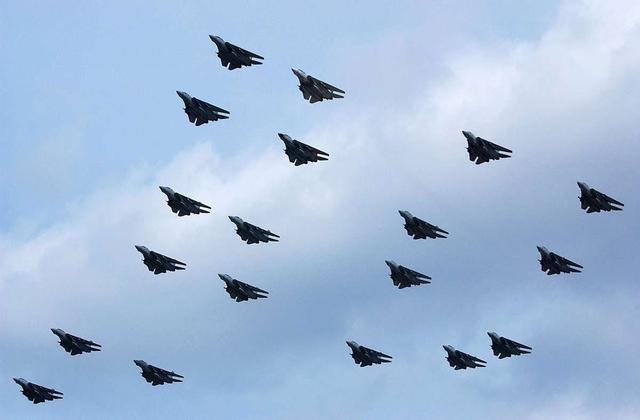美军F-22若与伊朗F-14空中相遇 是否有能力一战?