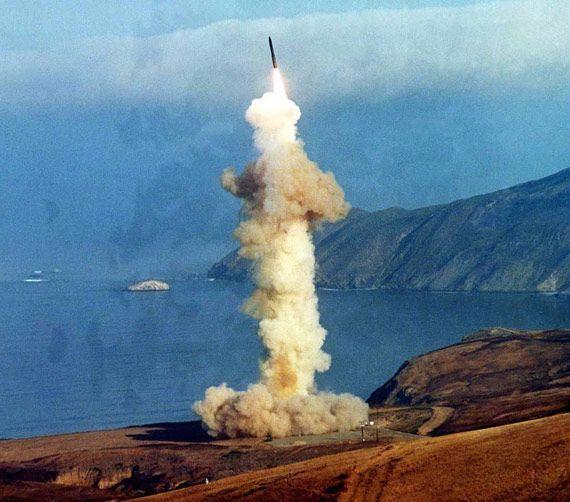 射程1.6万公里导弹即将入列 携五千万吨当量核弹