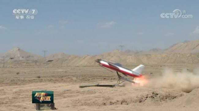 防空导弹部队西北大漠展示出色防空能力