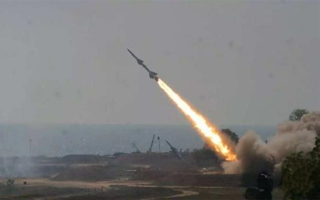 美国海军终于出手!全速冲入伊朗禁区