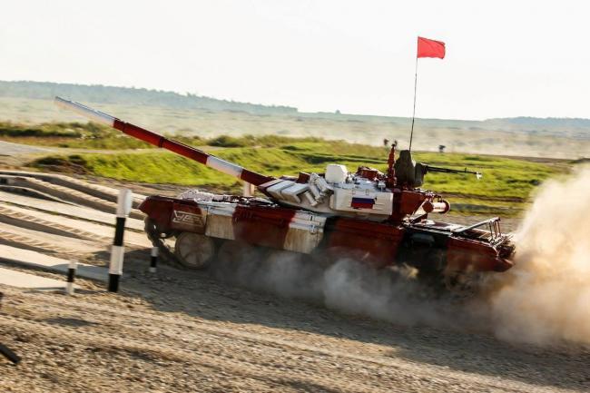 坦克两项赛落下帷幕中国队数次失误终获亚军