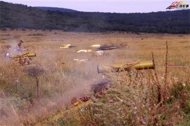匈牙利陸軍實彈射擊︰反坦克導彈齊射