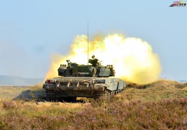 波蘭陸軍裝甲旅舉行戰術演習
