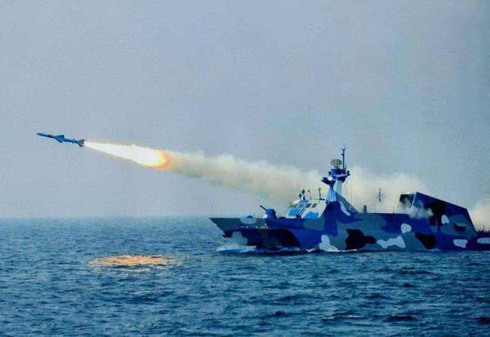 中国022导弹艇如何实现超视距攻击 全靠这套作战系统