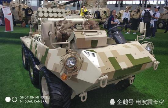 中國新型107火箭炮為何多幾個盒子就由低端變高端