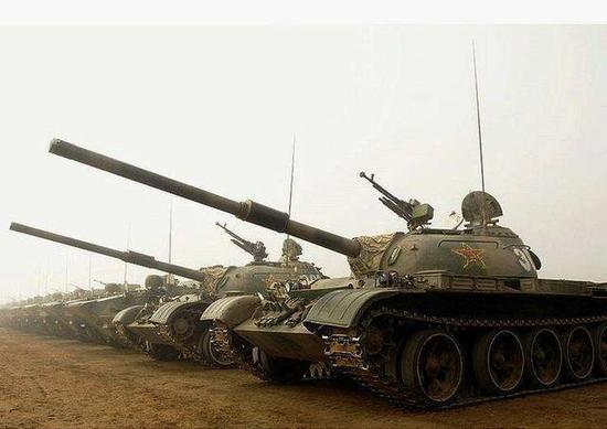 59式主战坦改装成火力支援车 用无人版炮塔系统