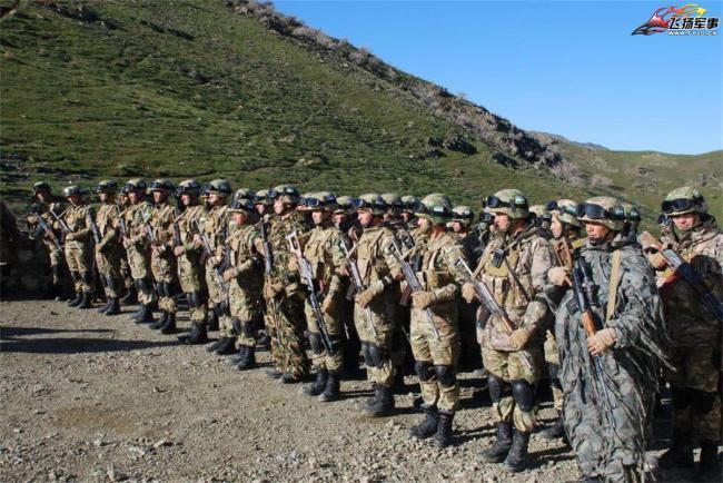 烏茲別克斯坦軍隊大演習 陸空軍全出動