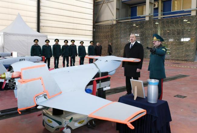 阿塞拜疆购买以色列武器 阿总统亲自视察