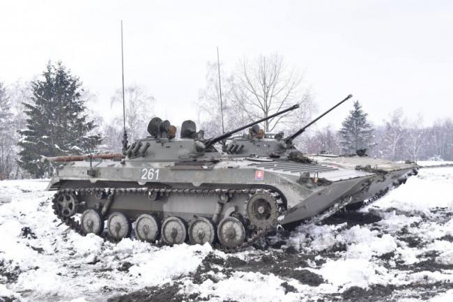 步坦协同,捷克军队冬季野外演习