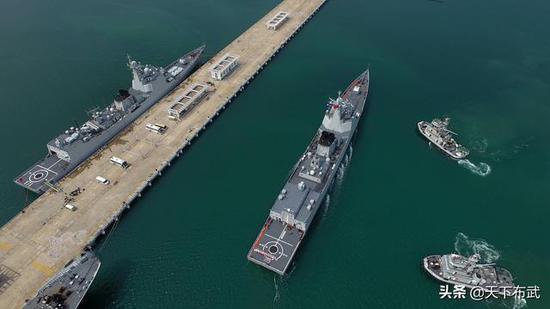 中国海军第16艘052D神盾舰已下水 第21艘分段疑现身