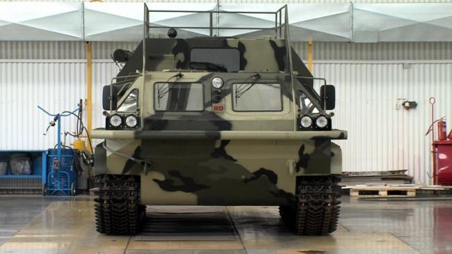 装甲房车?俄罗斯硬核装甲车内部却很温馨