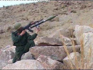 伊朗下挂式RPG,挂在步枪下的火箭弹!