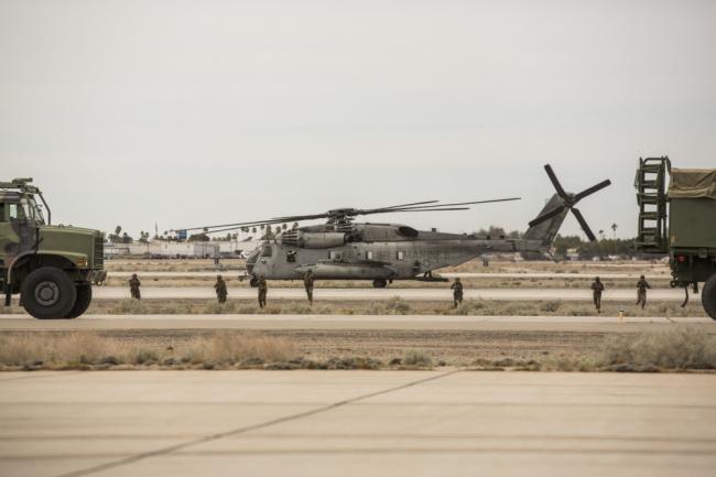 美国空军尤马基地开放日F-35B出动