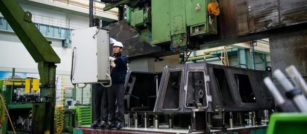 进入军工厂看韩国如何为挪威装配K9榴弹炮