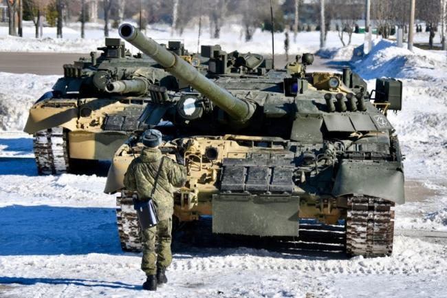 俄羅斯的硬核婦女節︰用坦克表演芭蕾舞