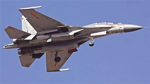 歼16战机可配合歼20分担战斗压力 装备数量或超300架
