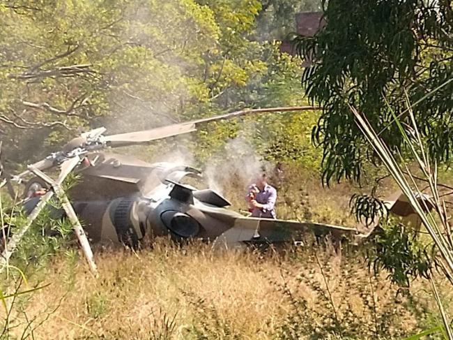 南非軍隊一架直升機墜毀 2機組成員死里逃生