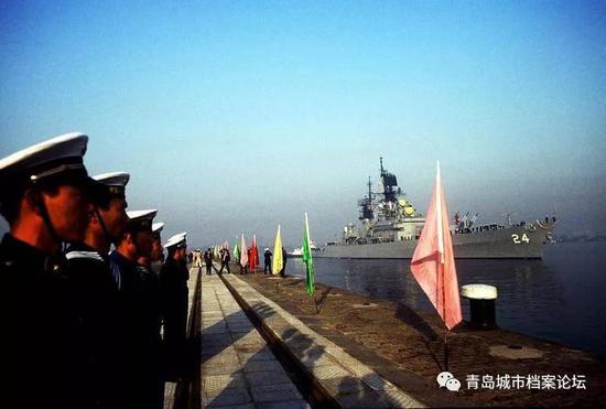 回顾1986年美国军舰第一次访问新中国