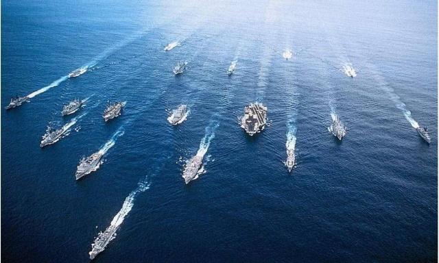 美核航母再度进入海峡,沿岸数千枚导弹已候命