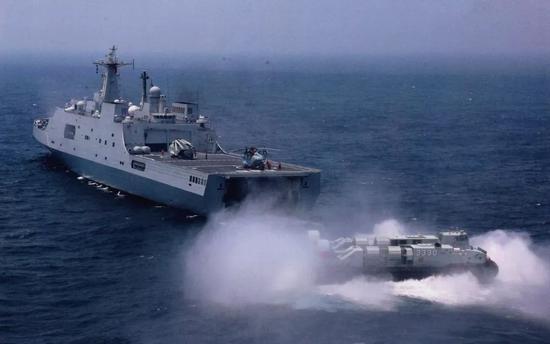 中国海军已装备6艘071登陆舰 两栖投送能力世界第二