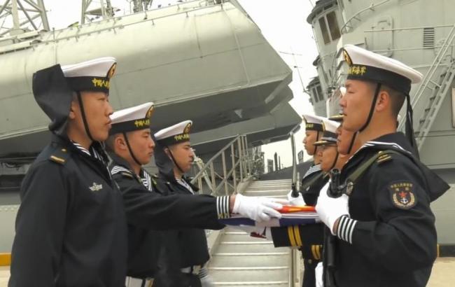 4艘051型驱逐舰同时退役 服役均超30年