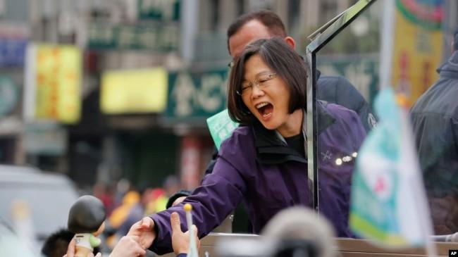 台湾2020总统大选 一决雌雄或三足鼎立