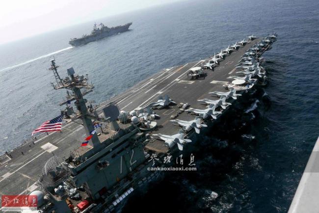 双航母威慑!美航母与两栖舰集结波斯湾