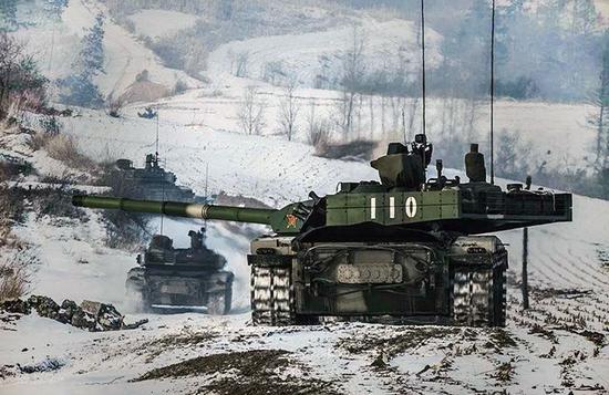 坦克击落飞机二战时就曾有先例 中国99A同样能做到
