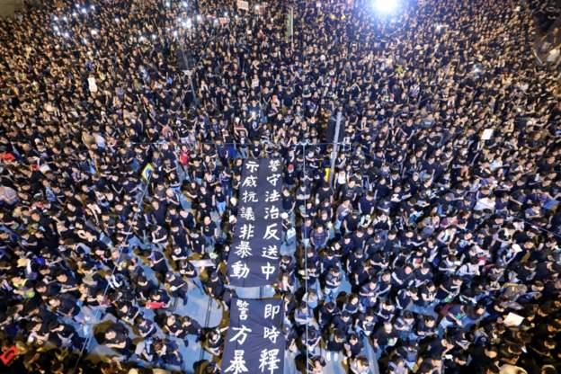 """""""一國兩制""""二十二年,北京為何急于改變?"""