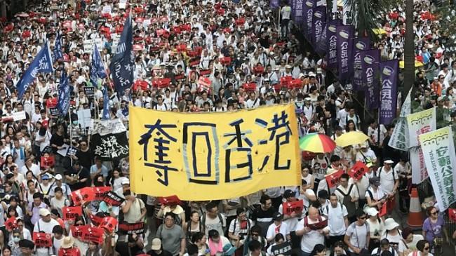 潰堤 香港危機壓力正傾瀉向北京