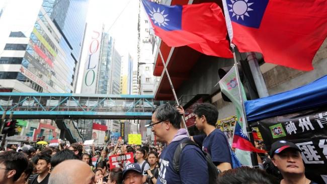 反送中反红媒 蔡英文起死回生民意飙涨 全靠北京