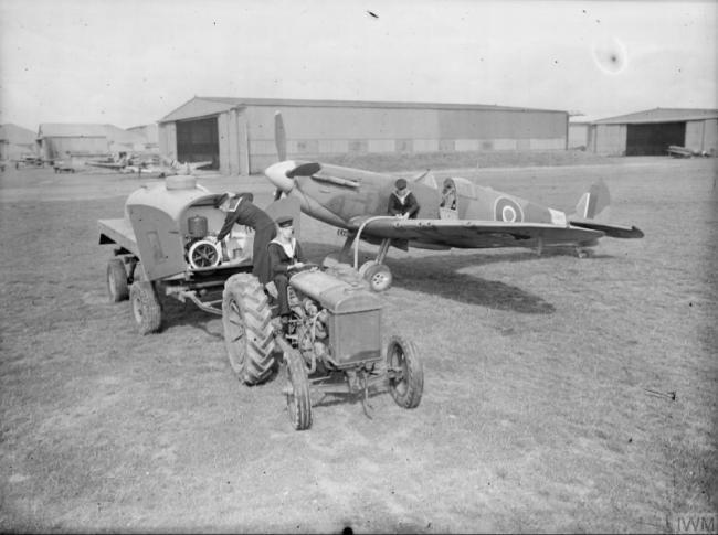 """二战英国""""海喷火""""战机训练场景 装了GoPro?"""