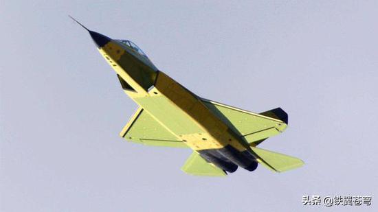 中国FC31战机作战半径或只有500公里 仅为歼20的1/4