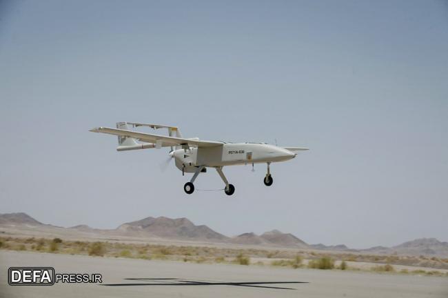 伊朗展示新型无人机 自称无人机顶级大国