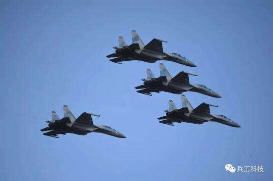 歼20与歼16难以同时量产 中国或再购一批苏35应急