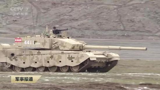 中国96B坦克失利能否量产仍未确定 不排除明年派99A