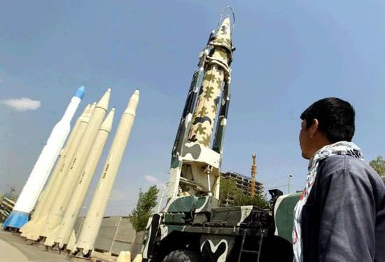 伊朗将军声称有能力扣押任何船只 因为这款秘密武器