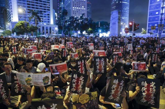 美媒:香港不是天安门,北京镇压必将代价惨重